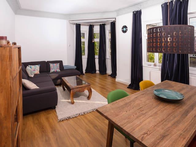 Wunderschöne sanierte Altbauwohnung in Fürth