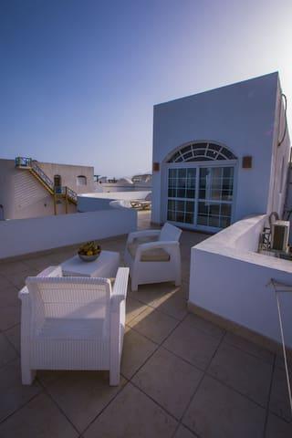 Eel Garden villas -Roof apartment