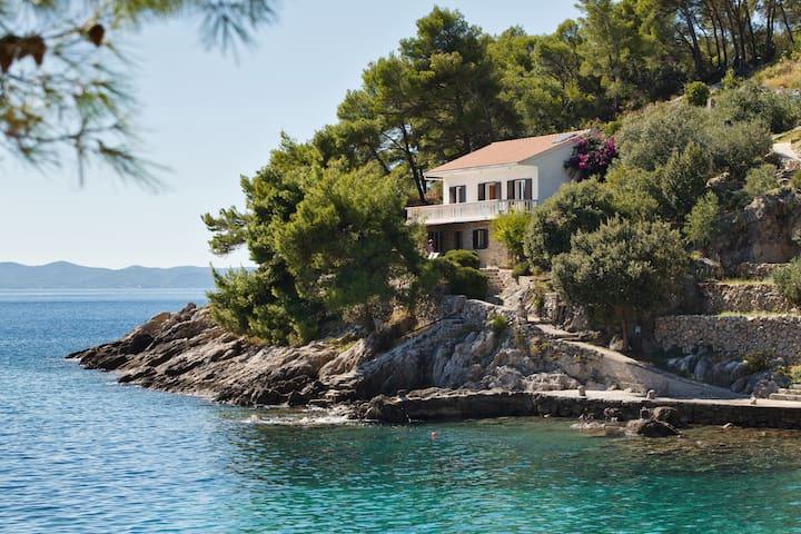 VILLA by the SEA - Island of Hvar