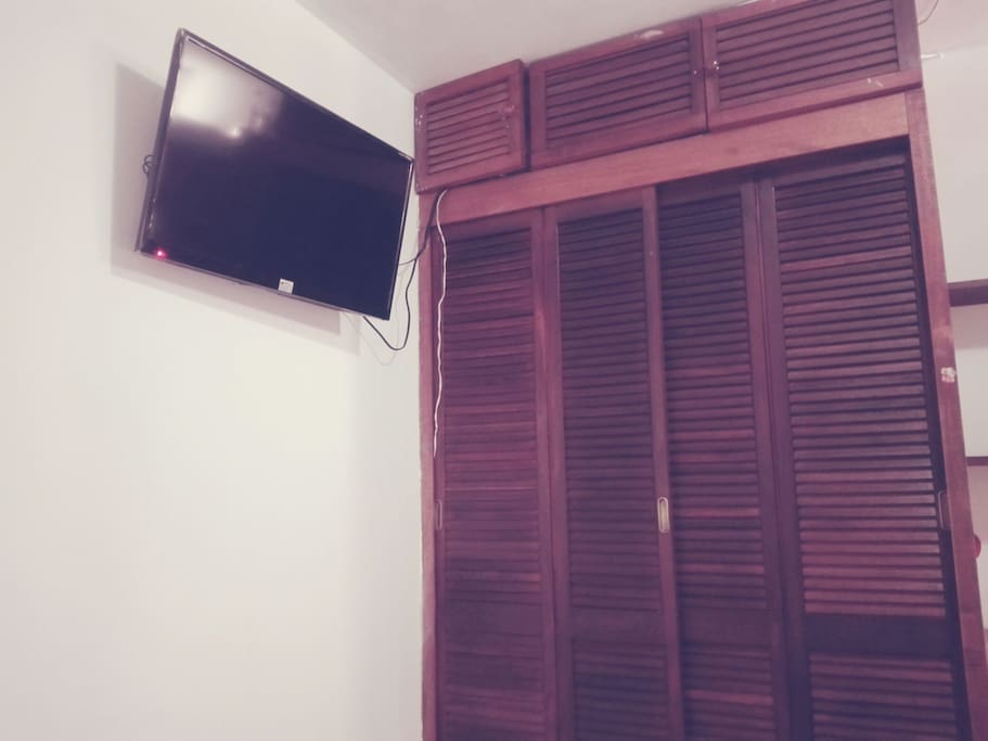 TV in room 1