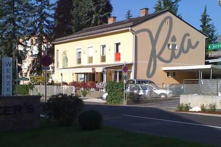 Gemütliches Gästehaus, Pension, B&B - Pörtschach am Wörthersee