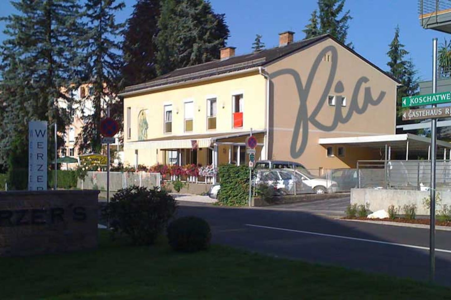 Gemütliches Gästehaus, Pension, B&B - Bed and breakfasts for Rent in ...