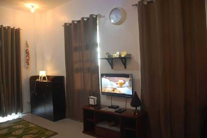 Studio 2nd/F Unit-203 Camaya Coast- *Free Access*