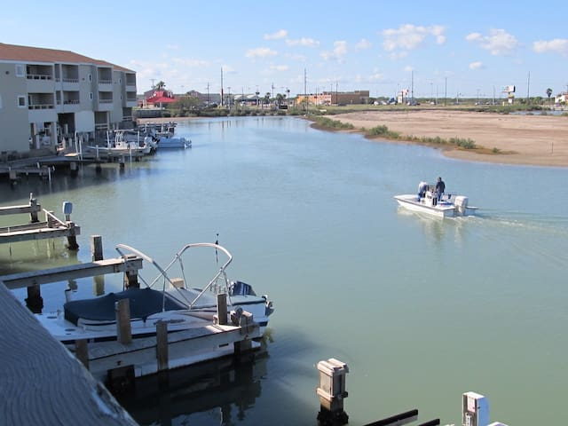 Little Venice Waterfront:Boat dock - Port Isabel - Apartment