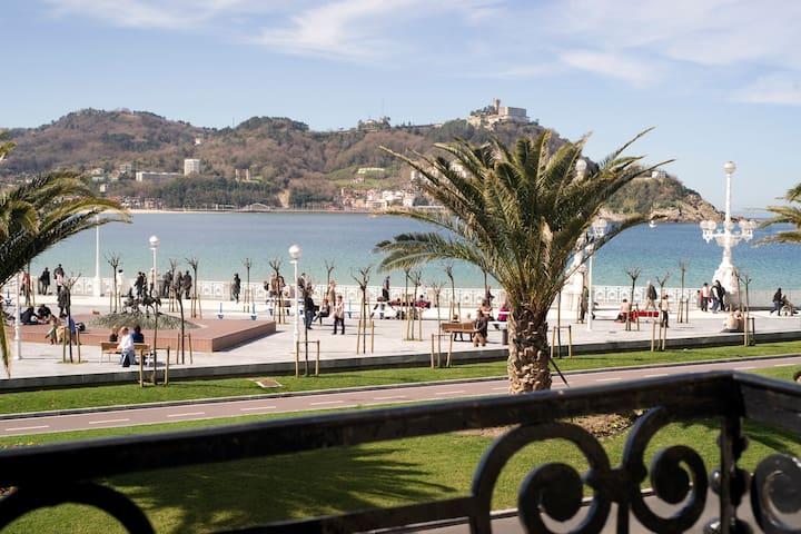 IZTUETA, views & location (WIFI) - San Sebastian - Lakás
