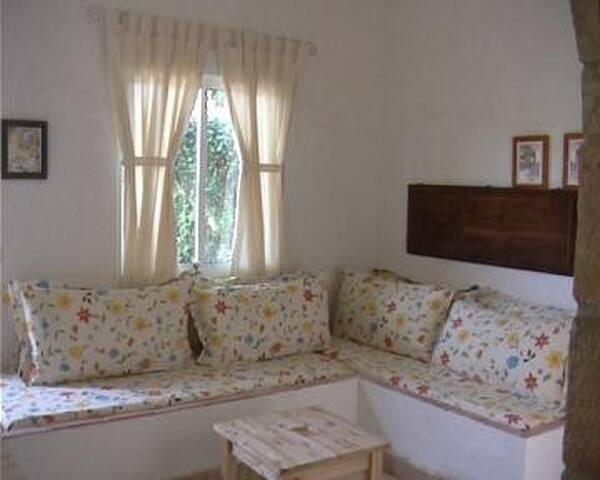 Wohnraum mit Betten Casa Lucia