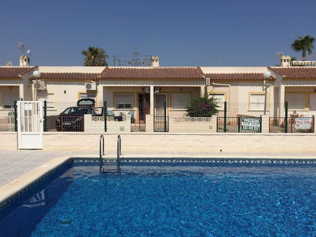 Villa Patricia, 2 beds shared pool  roof terrace
