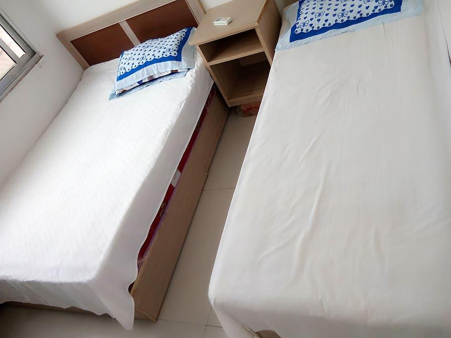双床三人间