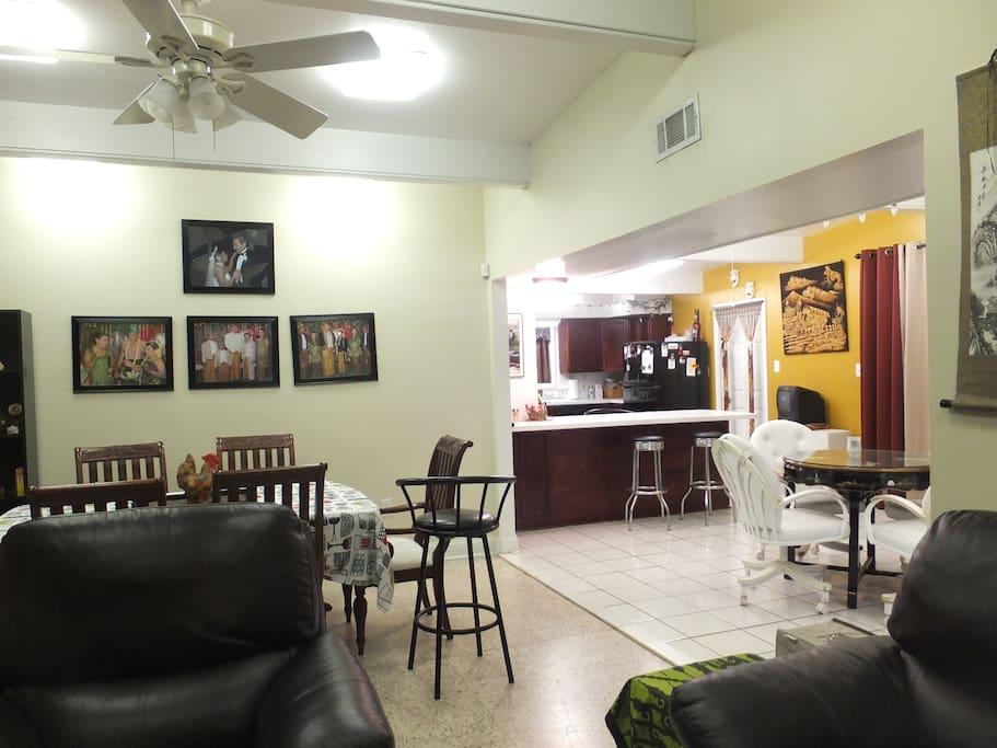 rumahku de new orleans maisons louer la nouvelle orl ans louisiane tats unis. Black Bedroom Furniture Sets. Home Design Ideas