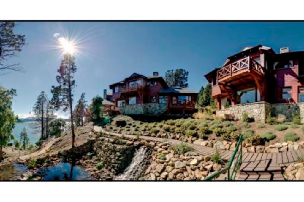 Vista de dos chalets de Charming Luxury Lodge & Private Spa