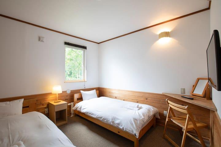 Tomten Lodge Annupuri Western Rm1