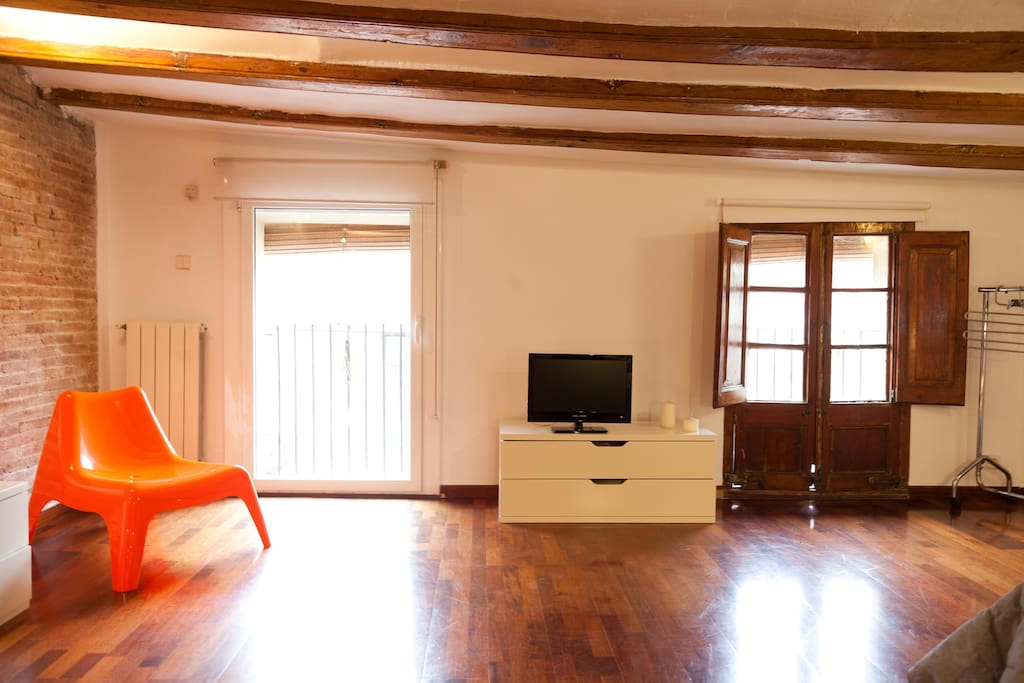 MUSEUM - GREAT FLAT IN HEART OF BCN