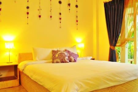Deluxe Cottage - Denim, Diva, Delhi - Villa