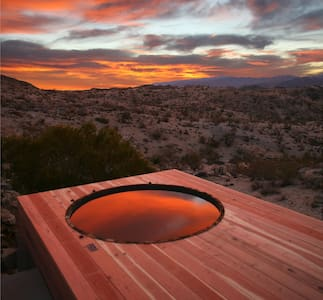 Joshua Tree Green Haus /w Hot Tub - 犹卡谷地