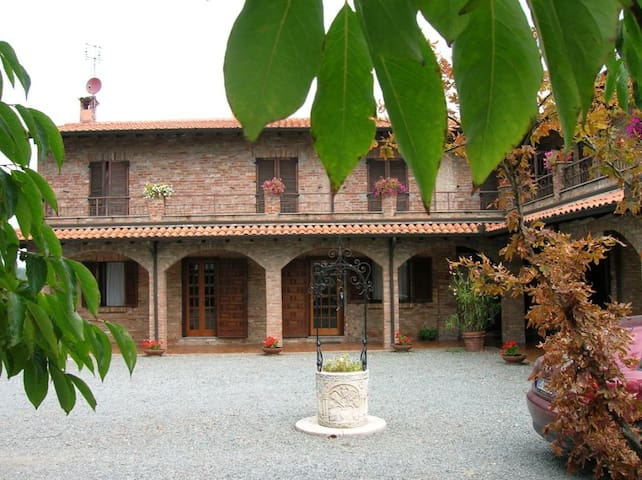 ENJOY WINE & MONFERRATO! Tenuta Tre Palme