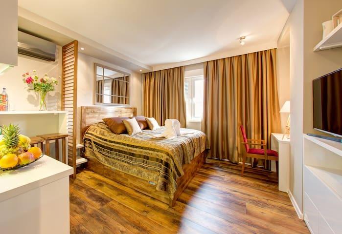 Luxury Studio Yasmine - Mostar - Apartamento