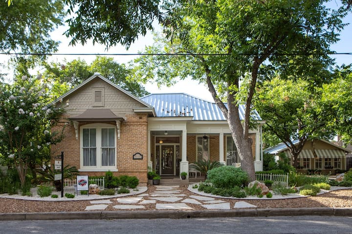 Historic Ludwig Home - Downtown