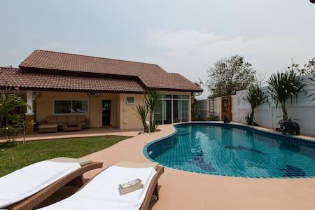 HUA HIN villa - big private pool