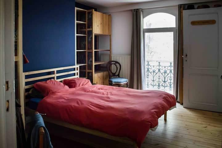 Le 37 - Blue room
