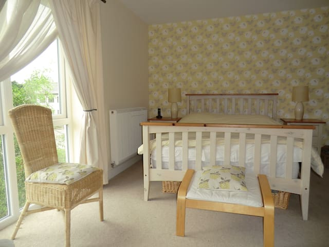 Stylish double room in award winning market town - Kirkby Lonsdale