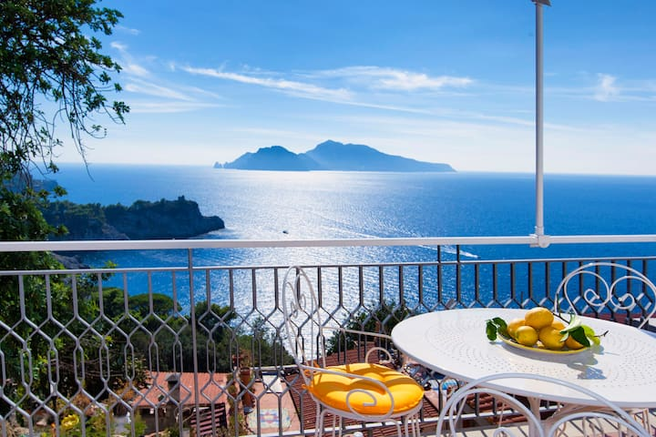 Il Sogno di Lina - Capri and Ischia View - Massa Lubrense - House