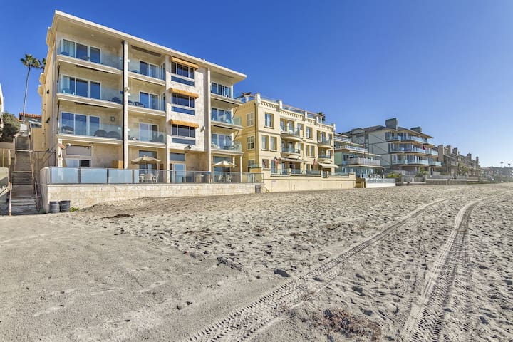 Beach Bungalow directly on the Sand Ocean View 1 Block Carlsbad Village