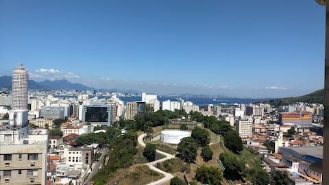 Apartamento centro Niterói com bela vista pro mar