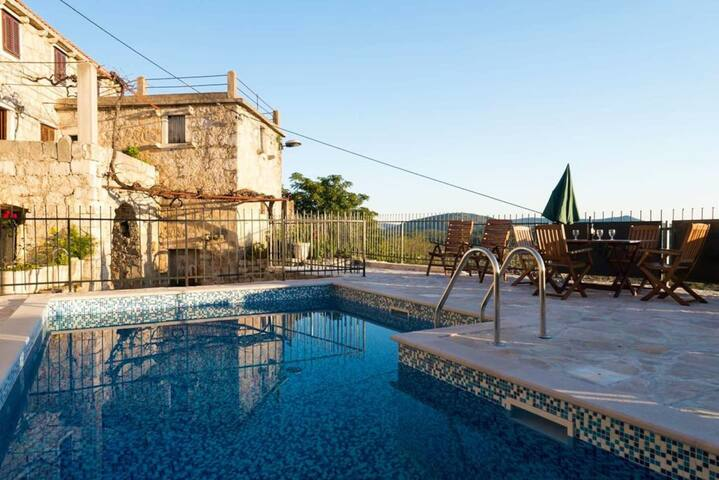 VILLA HAVEN - your escape to a stress-free holiday