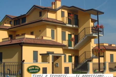 Accoglienti monolocali zona Milano - Mediglia - Wohnung