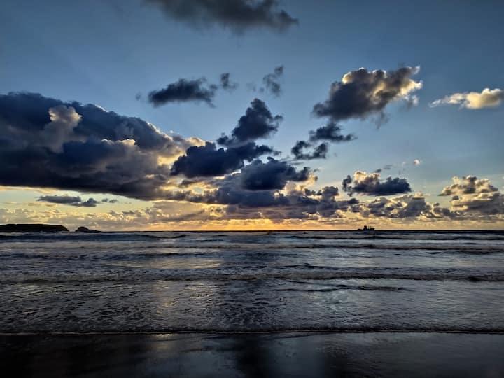 Salinas, Asturias, playa, paseos, bonito atardecer