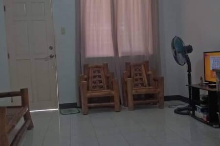 Nario J' s  Residence