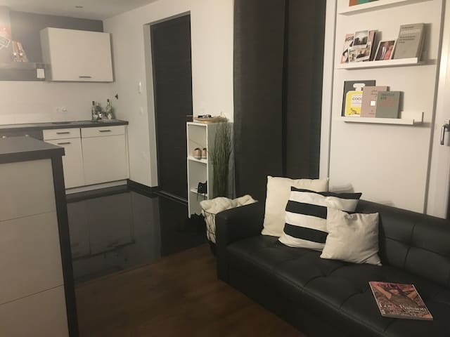 Wohnen mit City-Charakter zu Füßen der Weinberge - Weinstadt - Apartmen