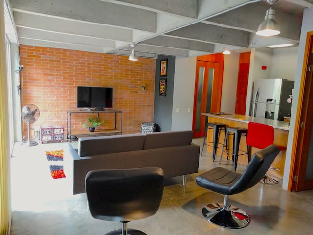 Modern One-of-a-Kind Loft in best area (Lleras)