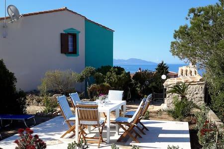 Splendida Casa Vacanza con vista mare - Torre dei Corsari
