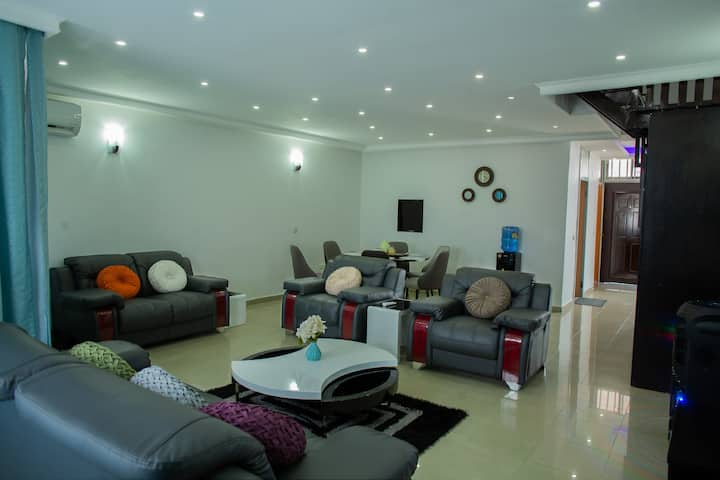 Luxuriously Furnished 3 BRM Apartment in 1004 V.I
