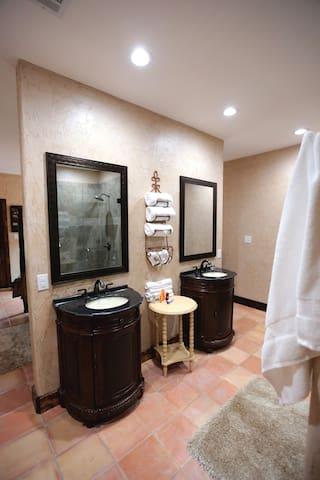 Villa # 3 Bathroom