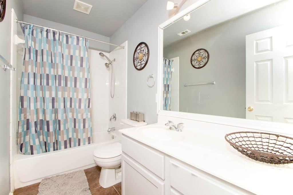 2nd Floor Full Bathroom with Shower