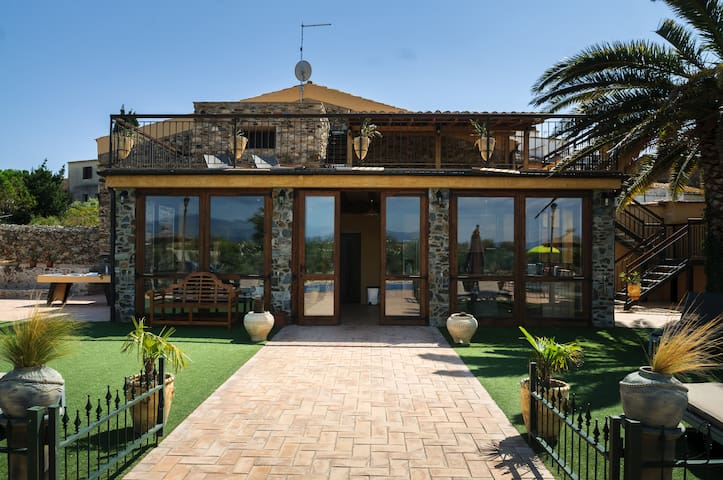 porche with the windows closed