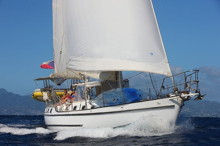 BVI on the old style yacht