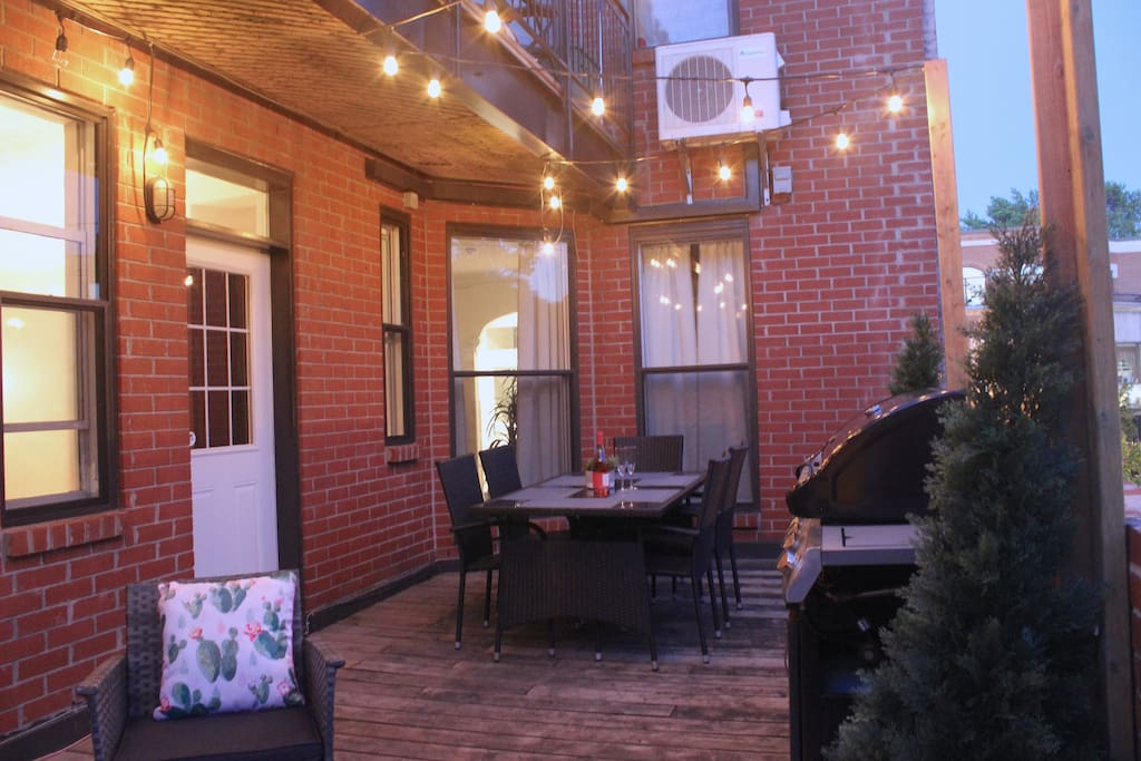 Nice outdoor patio, with table for 6, lounge area and BBQ!
