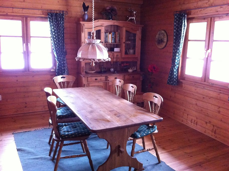 Hunting House - Murowany Most - living room table