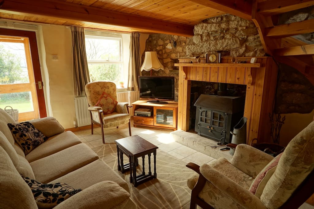 Lounge [with old fire stove]