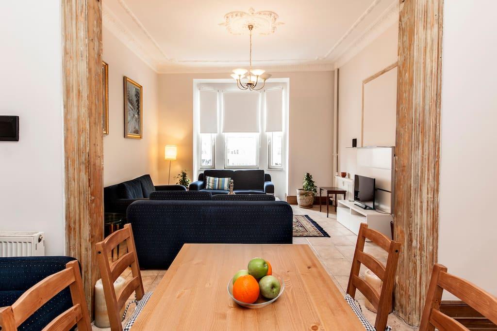 Dinner & Living Room