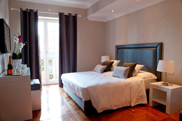 The Villetta Suite - Suite 1 -