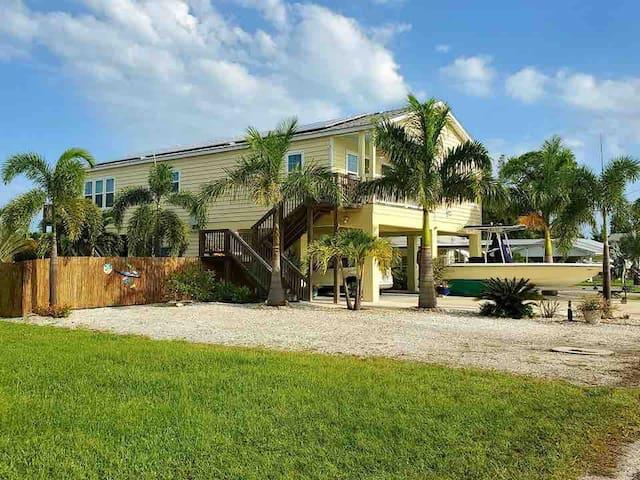 Casa Cortez: 2 bedroom w boat ramp on Sarasota Bay
