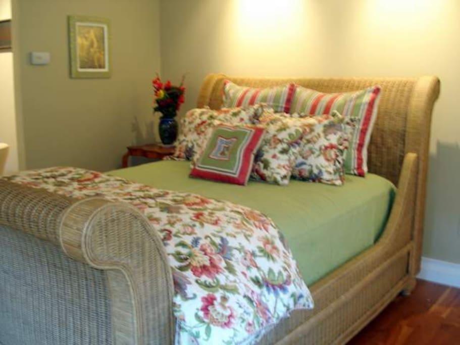 Ralph Lauren Wicker Sleigh Bed with Premium Pillow Top Mattress and Linens.