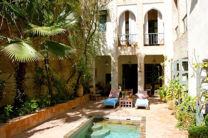 The courtyard, looking towards the main salon