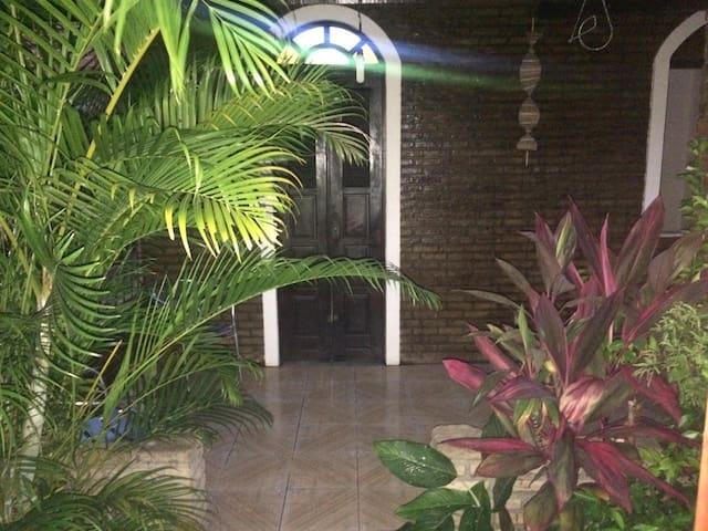 Casa de Veraneio | O Paraíso que você merece !!