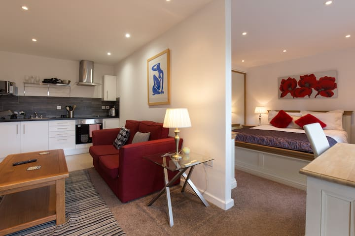 Flat, Private, Warsash by WMA,