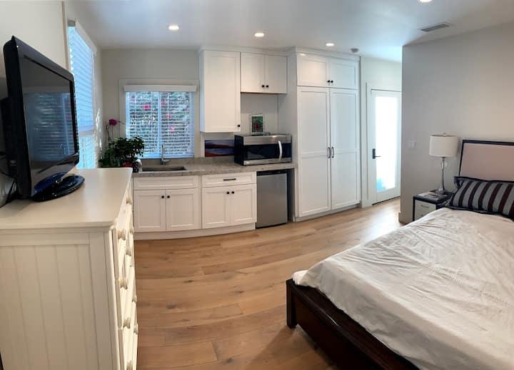 Beautiful guest suite near UCLA